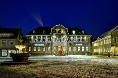 martplatz goslar im winter