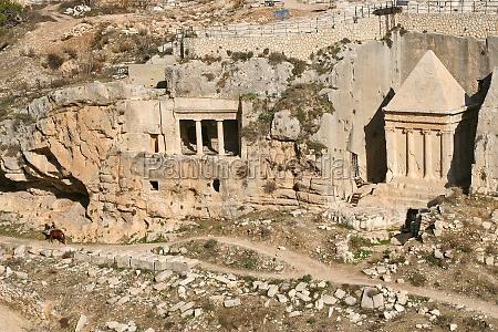 tomb of of the priest zechariah