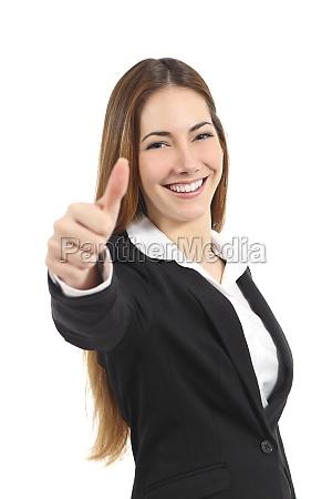 schoene glueckliche geschaeftsfrau die oben daumen