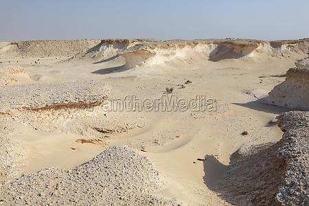desert landscape in qatar middle east
