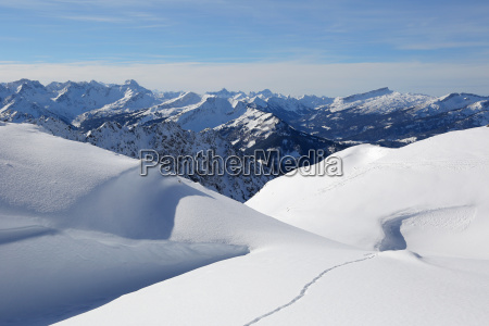 winter landschaft berge mit schnee