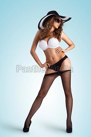 pantyhose off