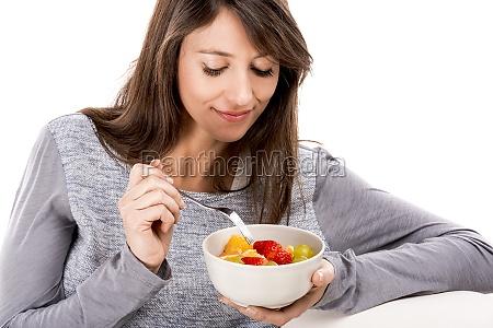 entspannung mit einem obstsalat