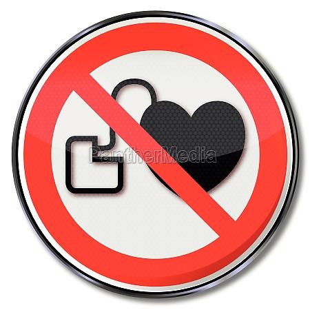 verbotsschild verbot fuer personen mit herzschrittmacher