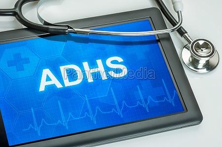 tablet mit der diagnose adhs auf