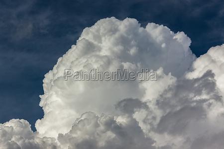 dickes cumulous regen wolken