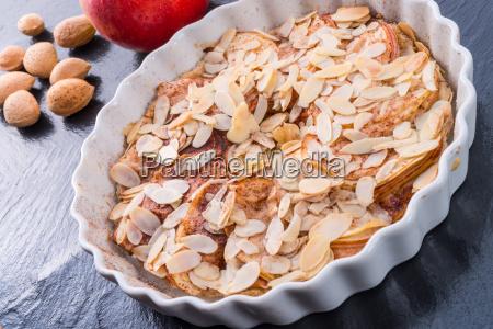apple tart with zimt