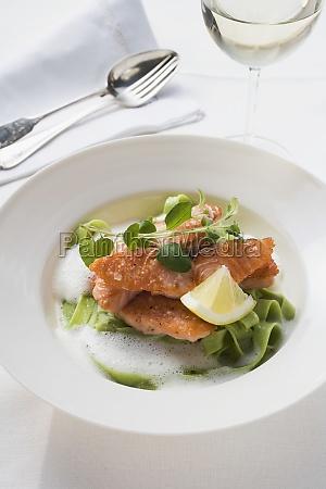 essen nahrungsmittel lebensmittel nahrung fisch kueche