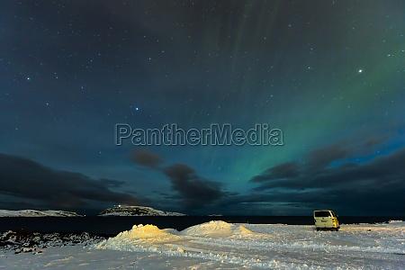 polarlicht aurora borealis in finnland nahe