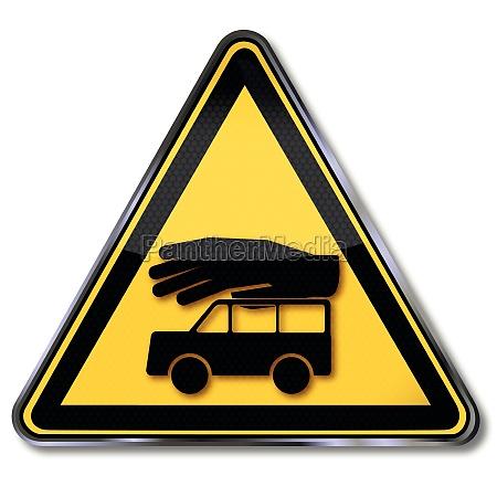 schild auto und versicherung