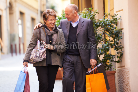 senior old man and woman shopping