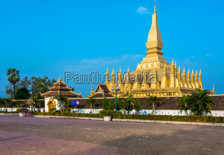 pha that luang grosse stupa in