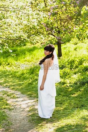 park romantisch portrait portraet potrait hochzeit