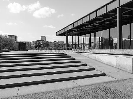 black and white neue nationalgalerie
