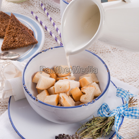 glass chalice tumbler cup bread health