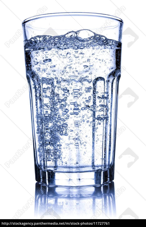 glas mit mineralwasser gef llt lizenzfreies bild 11727761 bildagentur panthermedia. Black Bedroom Furniture Sets. Home Design Ideas