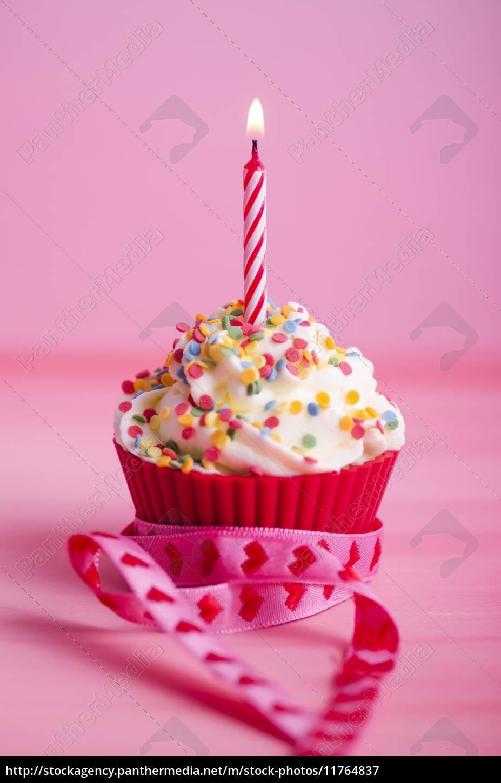 cupcake geburtstag muffin lizenzfreies bild 11764837 bildagentur panthermedia. Black Bedroom Furniture Sets. Home Design Ideas