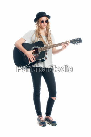 woman hat guitar bandswoman melon girl