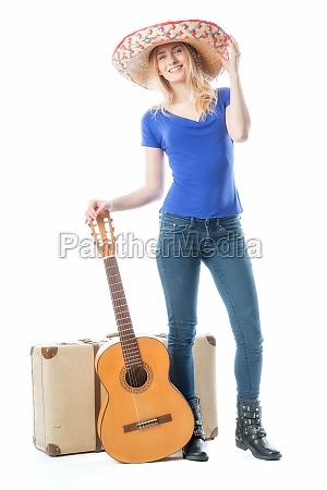 blondes, mädchen, mit, koffer, und, gitarre - 11816837