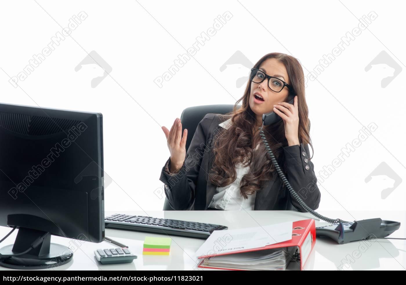 telefonat, am, schreibtisch - 11823021