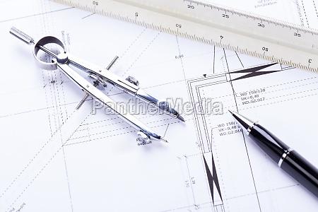architektonische bauplaene und arbeitsmaterial fuer architekten