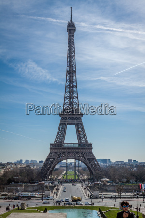 eiffel tower in paris landmarks against