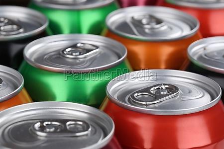 getraenke wie cola und limonade in