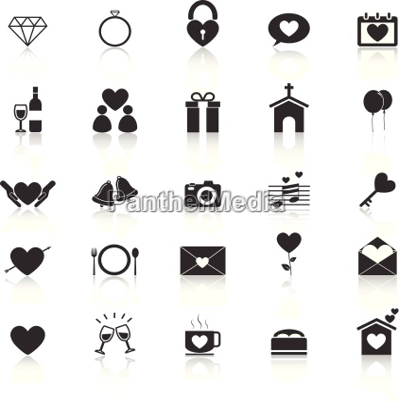 Hochzeit Symbole Mit Reflektieren Auf Weissem Stockfoto 11919681