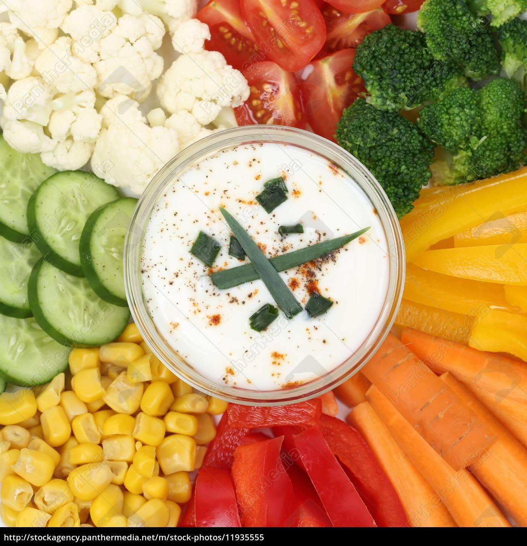 Vegetarische Gemüse Fingerfood Zum Essen Mit Dip Lizenzfreies Bild