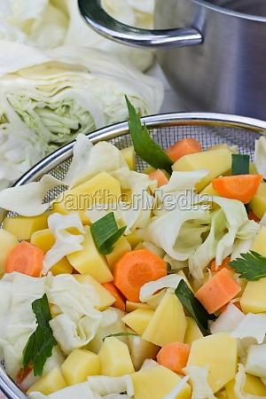 bowl vegetables fresh soup cabbage soup