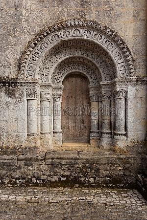 north door of notre dame de