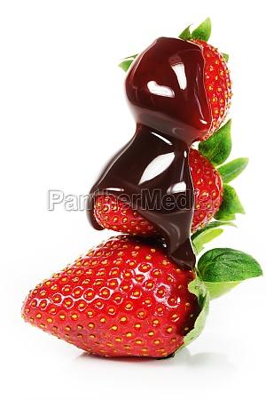 erdbeeren mit schokososse