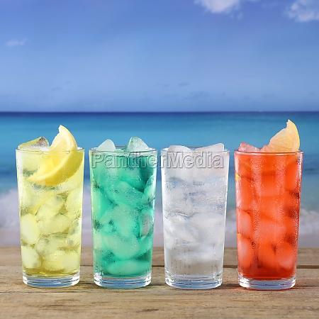 limonade getraenke am strand und meer