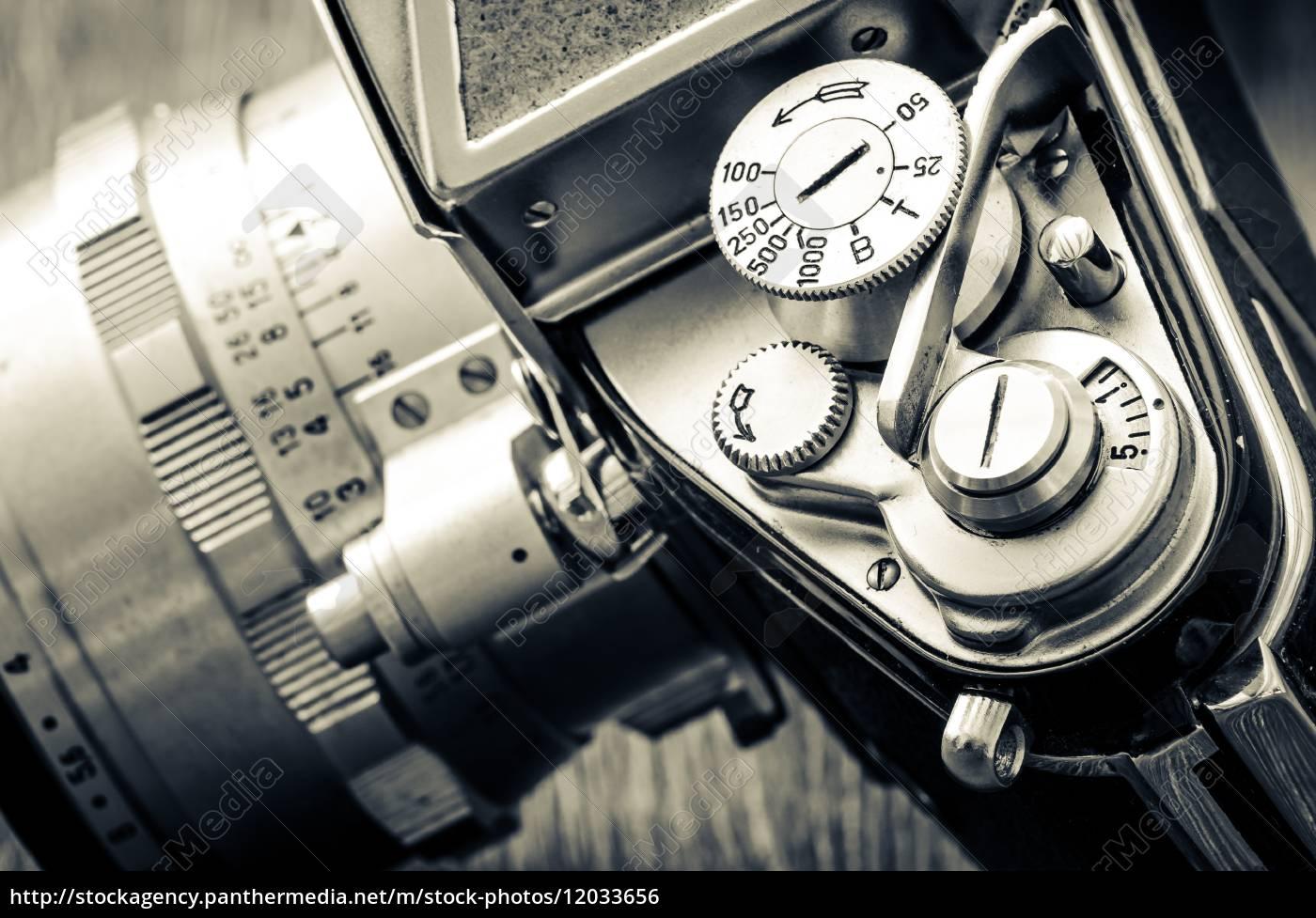 detail, der, alten, klassischen, kamera, wählt - 12033656