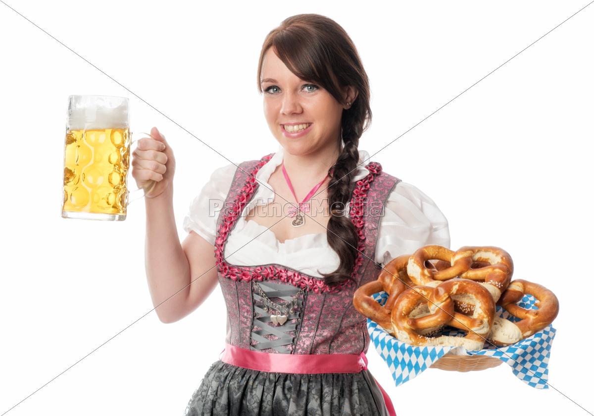 mädchen, mit, bier, und, brezel - 12210426