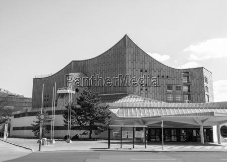 black and white berliner philharmonie