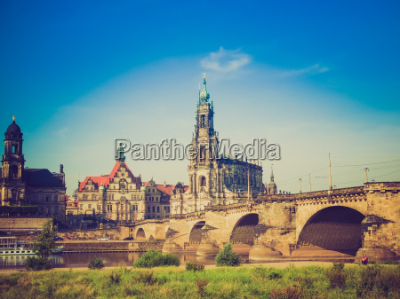 kirche dom kathedrale europa dresden gotteshaus