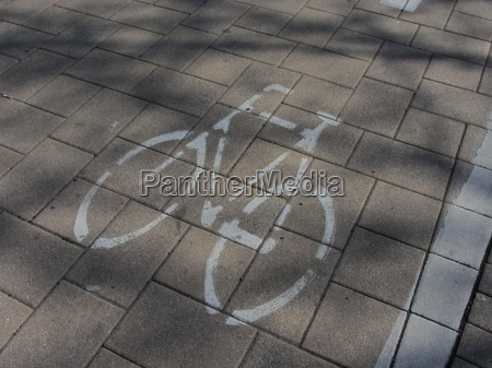 radweg fahrradweg weg strasse fahrrad rad