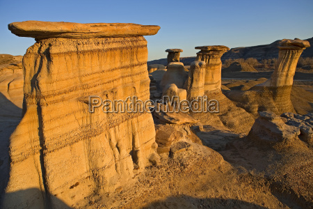 hoodoos in den badlands bereich
