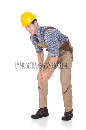 architect suffering from knee injury