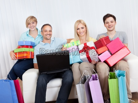 familie von online shopper