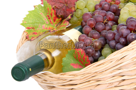 basket with white wine
