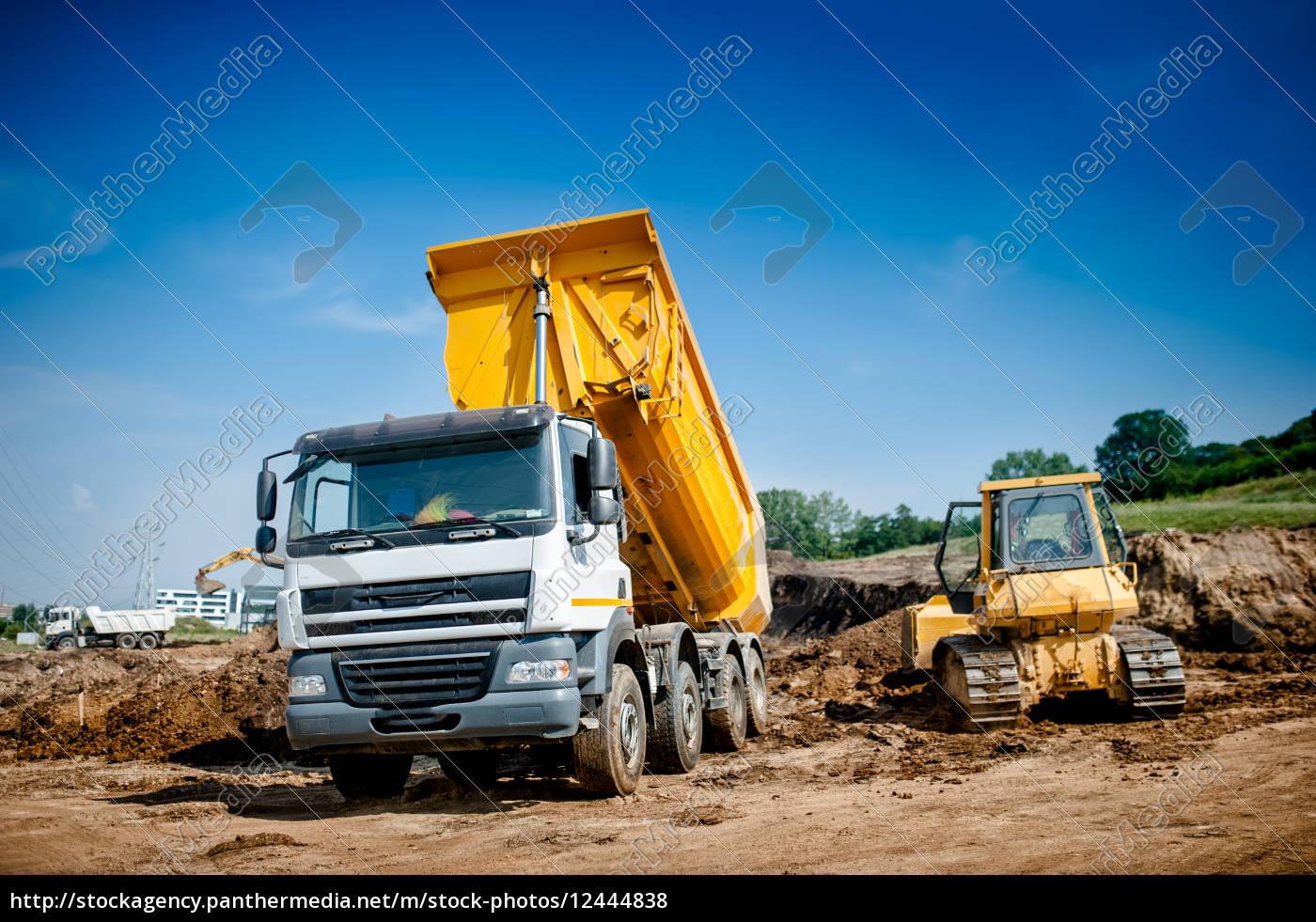 muldenkipper, und, bulldozer, auf, autobahn, straße - 12444838