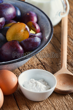 ingredients for a sprinkling plum cake