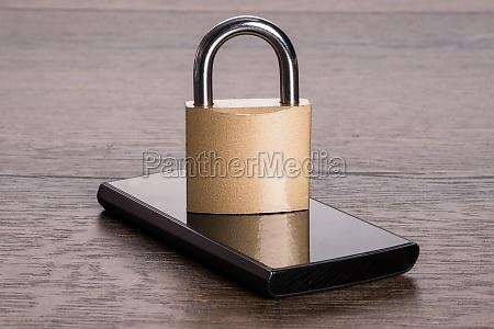 schloss telefon telephon versicherung mobilfunk assekuranz