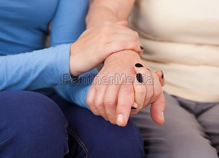 patient kassenpatient pflege krankenpflege pflegerin aeltlich
