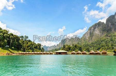 bambus schwimmende resort