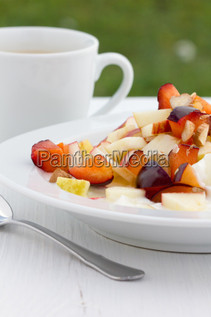 fruit salad apple yogurt yoghurt curd