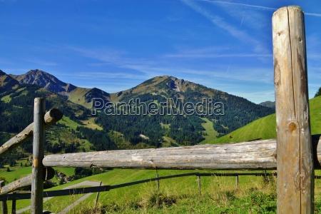 zaun in den alpen