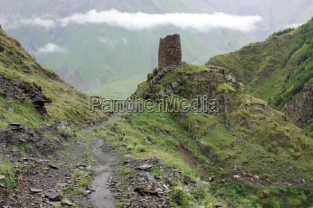 wanderweg im kaukasus georgien